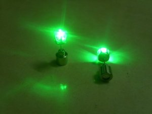 light_up_led_earrings_green_crown